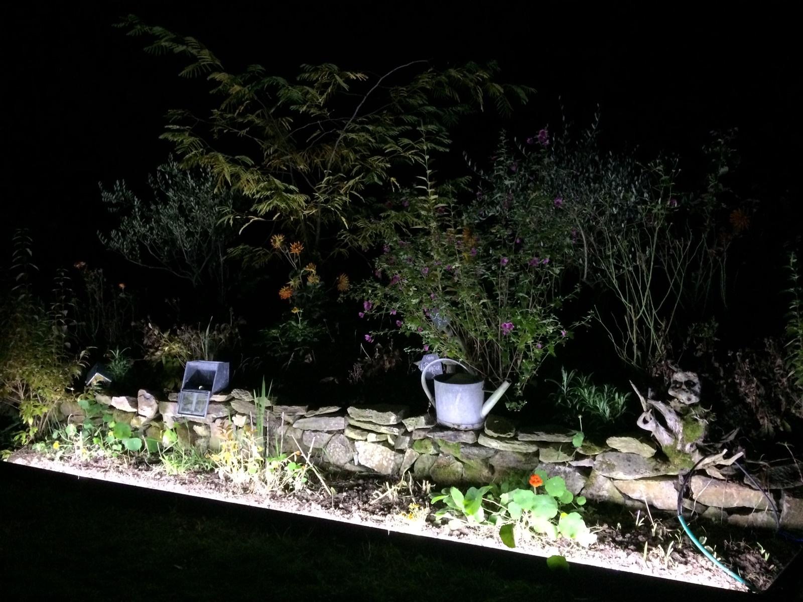 bordure luminaire LED extérieur jardin étanche aluminium métal