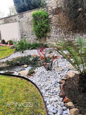 parterre jardin avec bordure aluminium noire