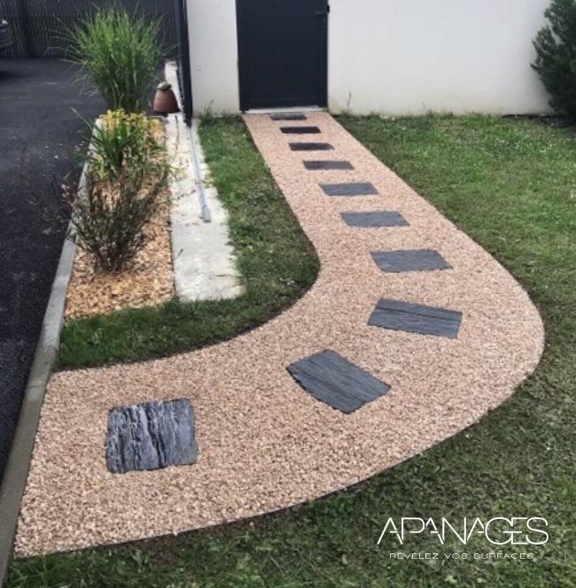 bordure invisible délimitation paillis cailloux pierres pailles paillage faciliter entretien espaces verts